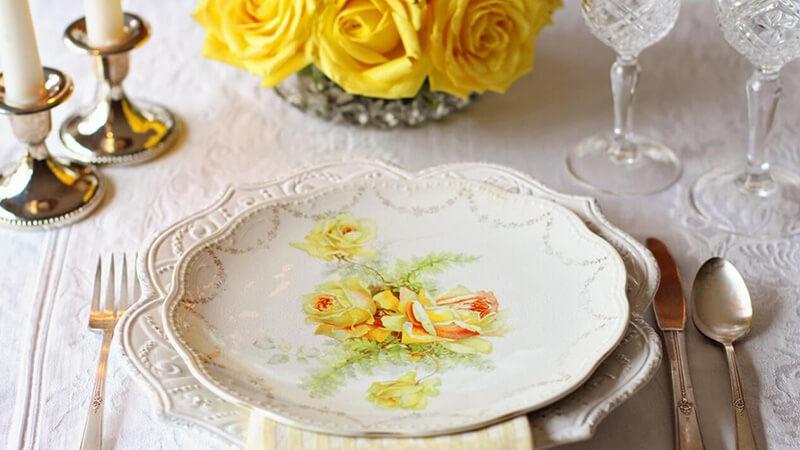 piring-keramik-cantik-untuk-fine-dining-di-rumah-java-tableware
